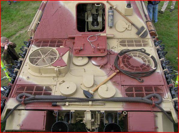 detaillage jadpanther interieur jaquar moteur verlinden set photo decoupe aber  Arrier11
