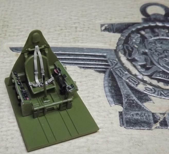 F6F-5 HELLCAT eduard 1/48 Cokpit17
