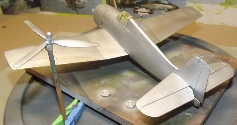 F6F-5 HELLCAT eduard 1/48 Couche20