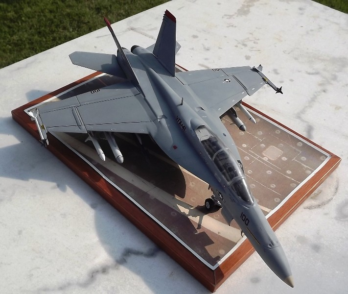 montage F-18 super hornet italeri Dscf4320