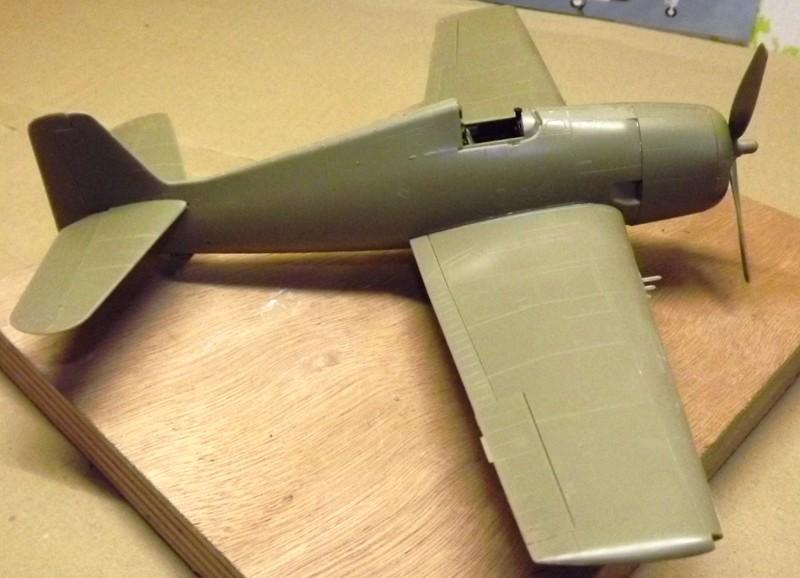 F6F-5 HELLCAT eduard 1/48 En_cro11