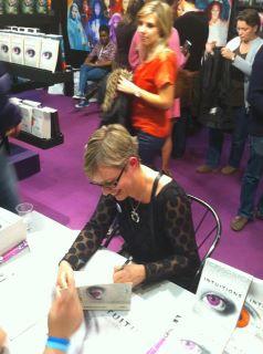 Salon du livre et de la presse jeunesse de Montreuil 30 novembre - 5 décembre 2011 37636510