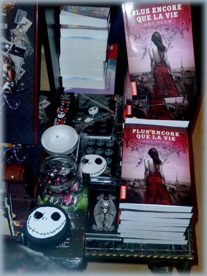 Rencontre avec Amy PLUM - Librairie l'Antre Monde 26 juin 2012 Amy_pl11