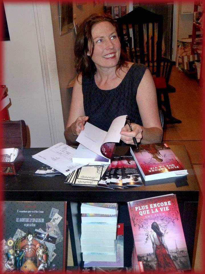 Rencontre avec Amy PLUM - Librairie l'Antre Monde 26 juin 2012 Amy_pl14