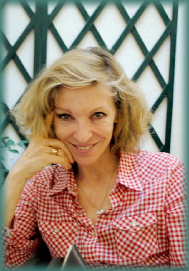 Rencontre avec Emmanuelle DE BOYSSON - Paris -  4 juillet 2012 Emmanu11