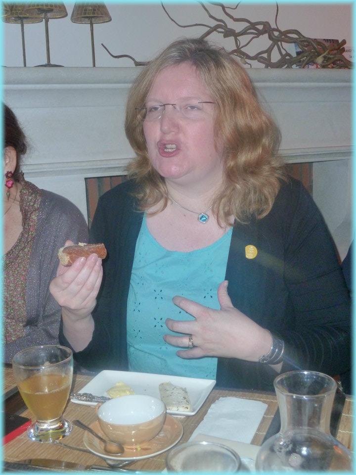 Rencontres magiques avec MaryJanice Davidson aux Imaginales 2012 Fromag11