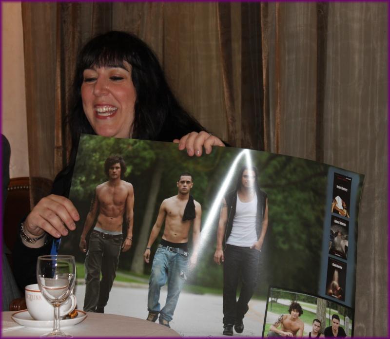 Rencontre avec Simone ELKELES salon du livre mars 2012 Img_3412