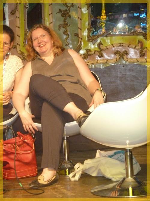 Rencontres magiques avec MaryJanice Davidson aux Imaginales 2012 P1050011