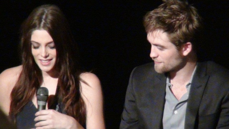 Fan Event Breaking Dawn part 1 - Paris Gaumont Opéra 23 octobre 2011 Rob510