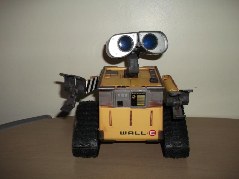 Préparation d'un robot Wall-e Dscf0123
