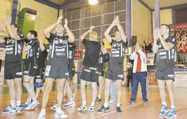 Play-off, demi-final aller NICE VB /CVB52HM - Page 8 Cvb110