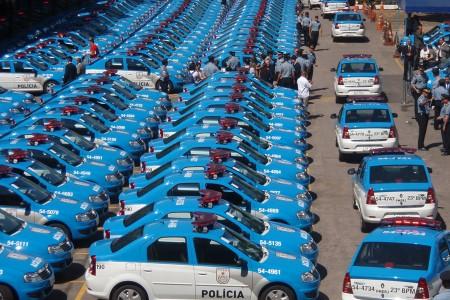 Les voitures des forces de l'ordre dans le monde 450_3010