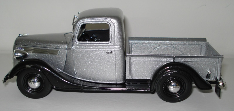 1937 Ford Pickup 00419