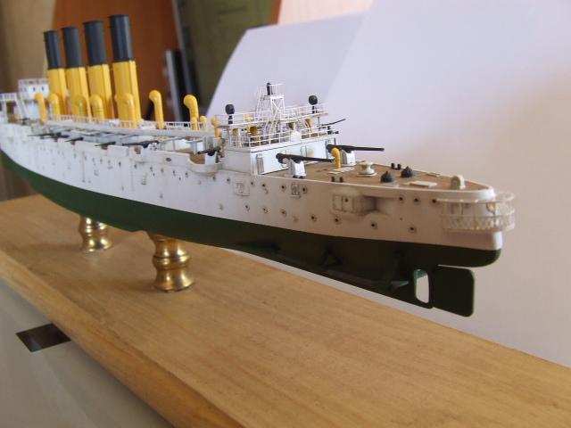 croiseur imperial Varyag - Page 2 Dscf2013