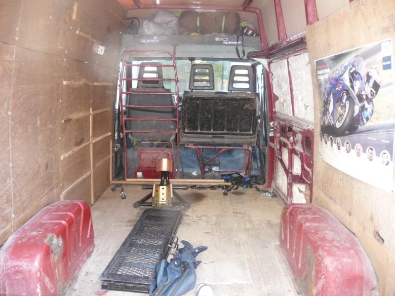 [ Vend ] Camionnette Citroen C25 D ... 2,5 L Diesel  P1010915