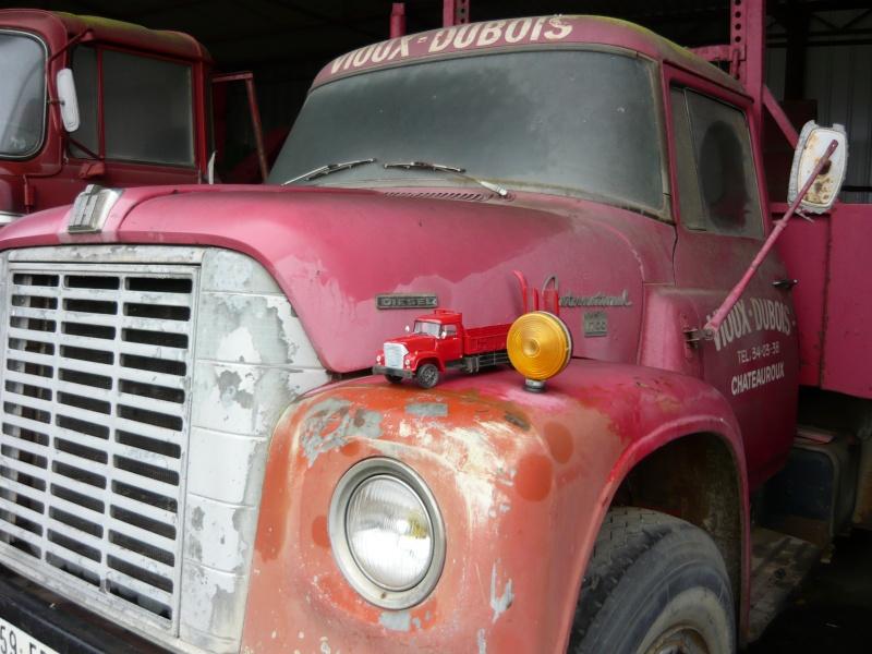 Wolf truck sur base de Diamond Reo AMT au 1/25 10910
