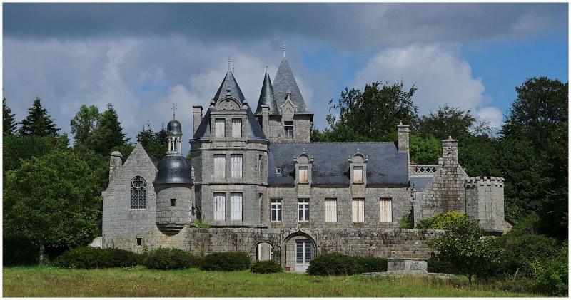 Châteaux & Manoirs autour de Quimper (+ 1  le 22/8) - Page 2 Dsc24811