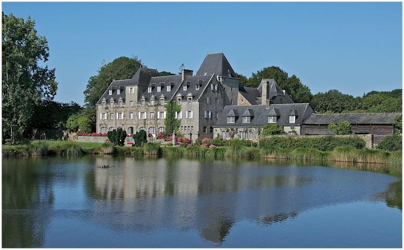 Châteaux & Manoirs autour de Quimper (+ 1  le 22/8) - Page 2 Dsc26310