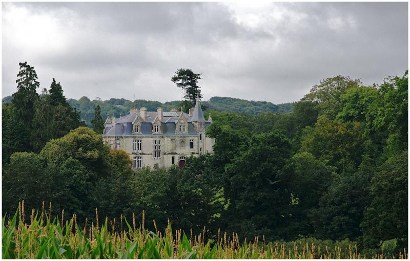 Châteaux & Manoirs autour de Quimper (+ 1  le 22/8) - Page 2 Dsc26612