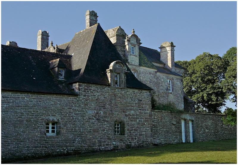 Châteaux & Manoirs autour de Quimper (+ 1  le 22/8) - Page 2 Dsc27311