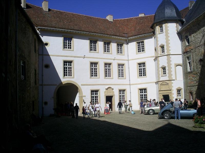 Réunion au château de SIXTE en Lorraine S4023325