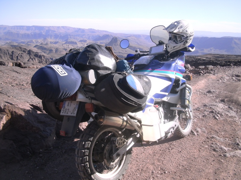 Vos plus belles photos de motos - Page 5 Maroc_16