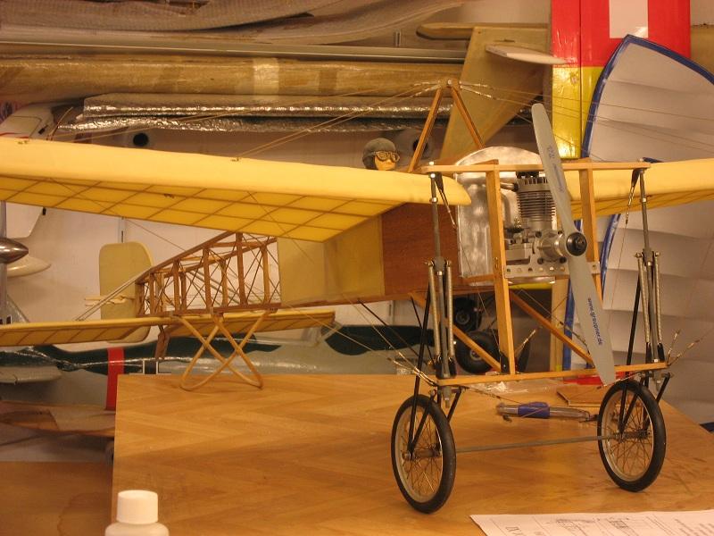 Montage d'un Blériot XI de K&W Models 05510