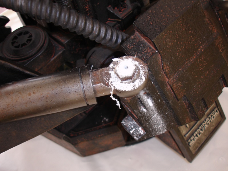 restauration d'un LIFE-SIZE bust T-600 , de chez sideshow . Dsc02010