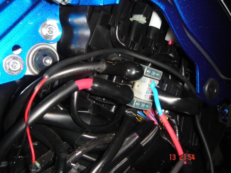 ZUMO 550 - QUEL CABLE Dsc05411