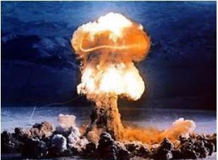 """""""Vers une Troisième Guerre Mondiale nucléaire ?"""", par Michel Chossudovsky ! 10-ira10"""