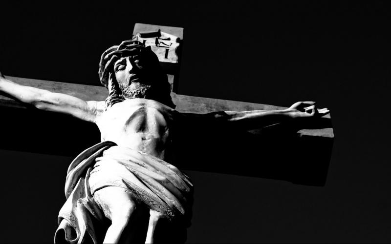 Le Signe de la Croix est le premier enseignement donné par Marie lors de ses Apparitions 1920-110