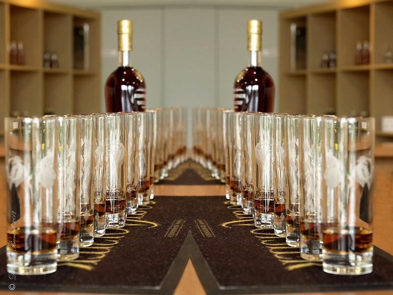 Cognac* : les caves P5182712