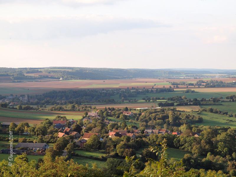 La butte de Montenoison (Nièvre) P9228010