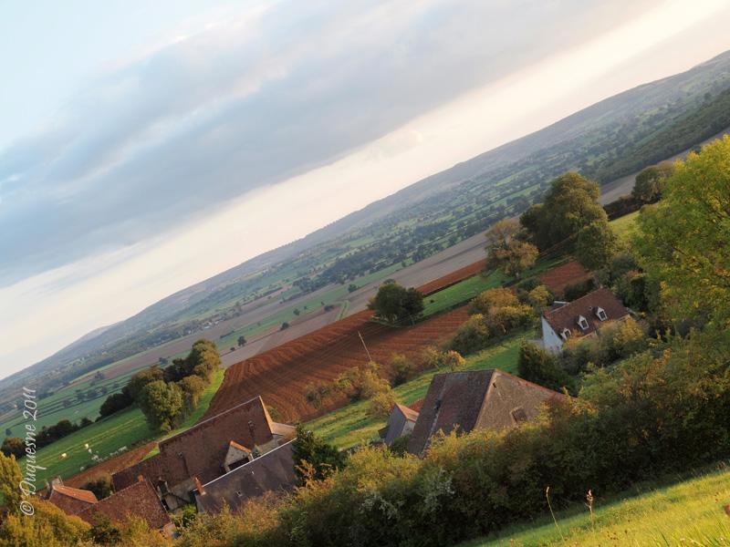 La butte de Montenoison (Nièvre) P9228014