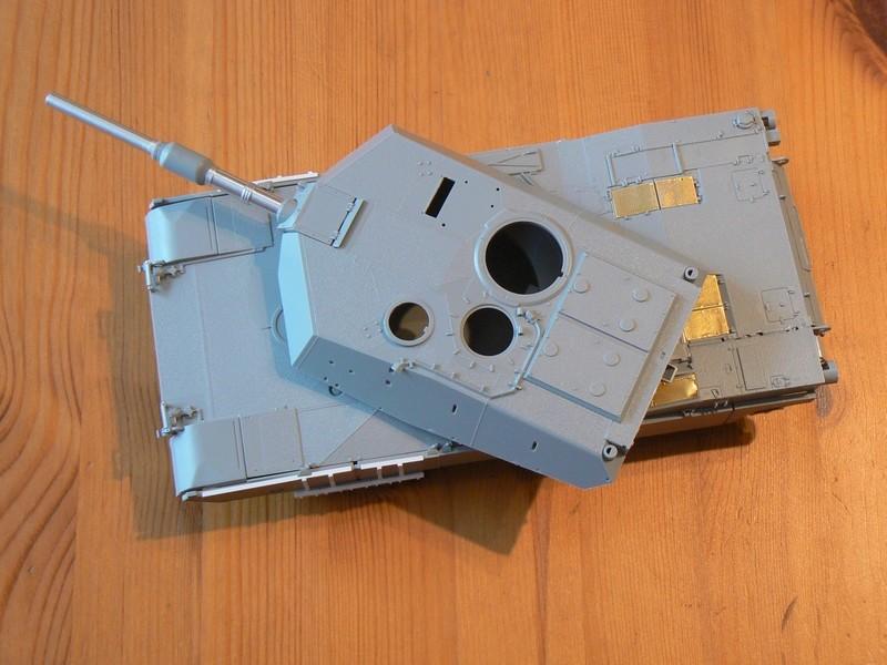 M1A2 SEP Dragon 1/35 et ses jupes... P1070312