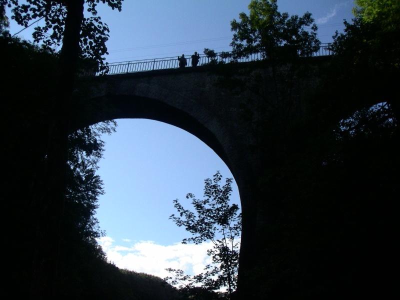 THEME DE DECEMBRE 2012 : les ponts! (3 photos autorisées) - Page 3 Pierre10