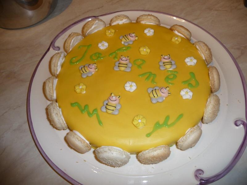 abeille et ruche - Page 2 P1040410