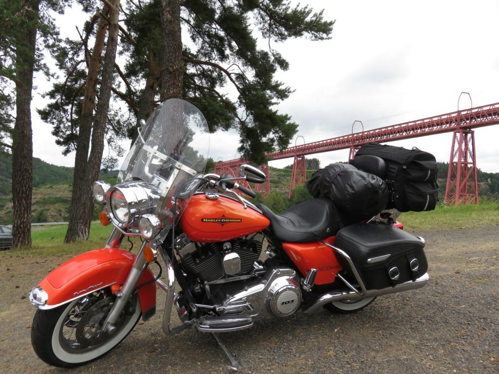 Road King uniquement, combien sur Passion-Harley  - Page 23 47075e10