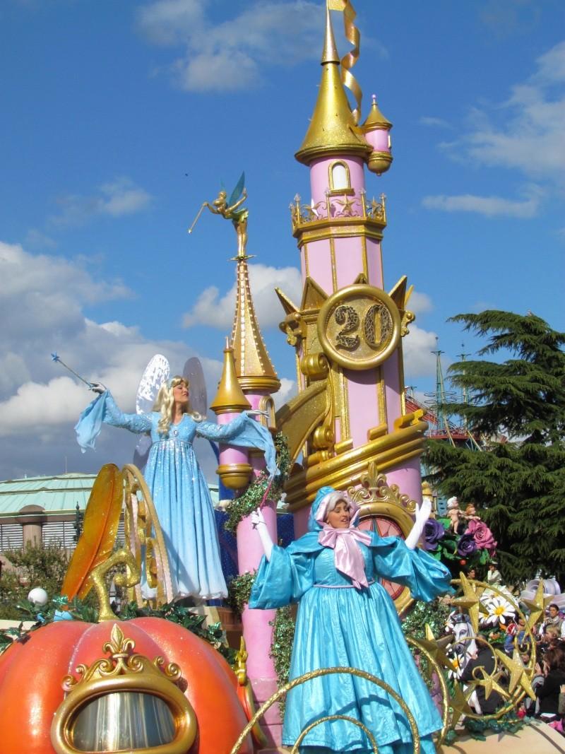La Magie Disney en Parade - Page 6 Img_0102