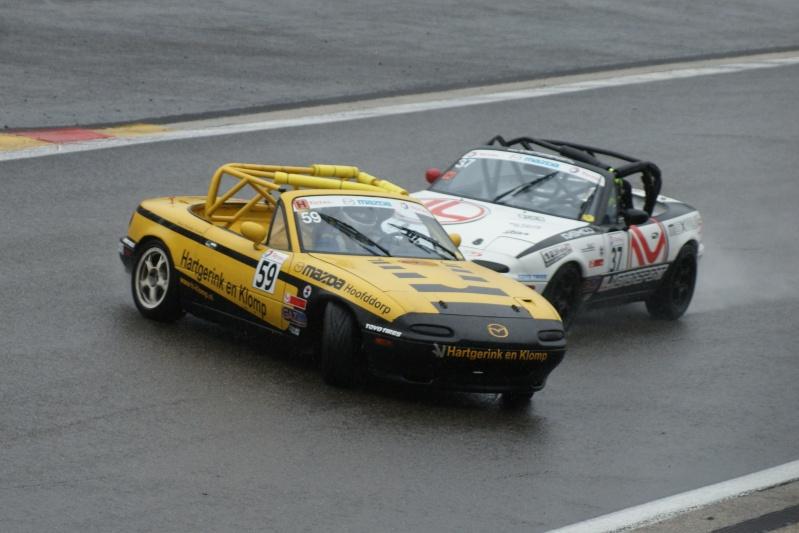 La course auto en Mazda MX-5 - Page 11 Dsc08911