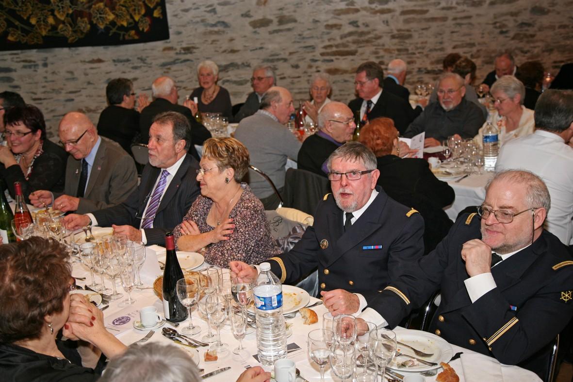[ Associations anciens Marins ] Une nouvelle nuit de la Marine pour L'AMMAC d'Angers Bal20139