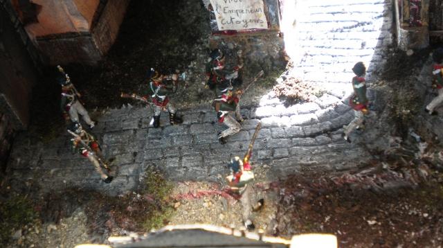 Figurines et bourg en cours 02130