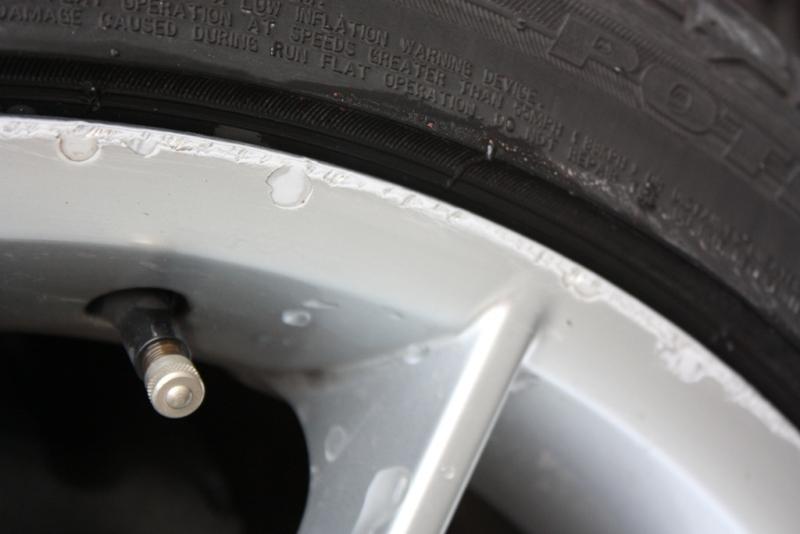 [BMW 318 d E90] Jante griffée sur la bordure Img_5410