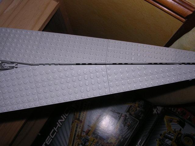 Lego Star Wars - 10221 - Super Star Destroyer UCS - Page 4 Dscn6112