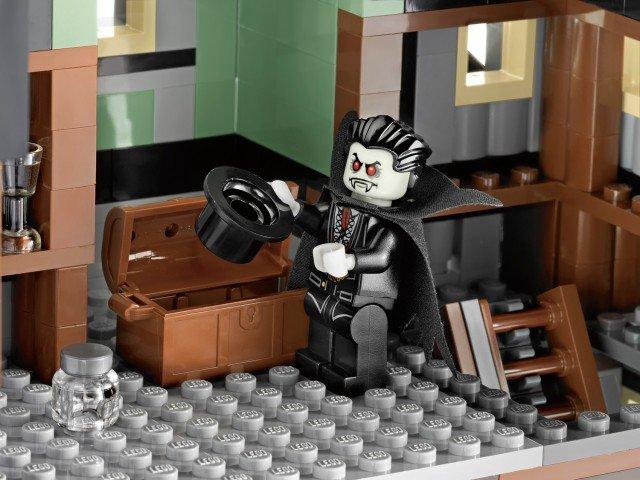 [LEGO] 10228 Monster fighter Galler12