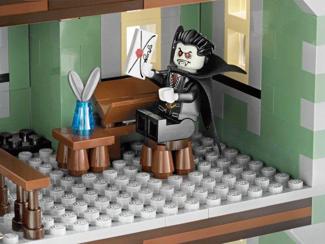 [LEGO] 10228 Monster fighter Galler13