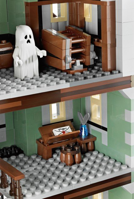 [LEGO] 10228 Monster fighter Galler15