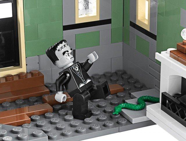 [LEGO] 10228 Monster fighter Galler17
