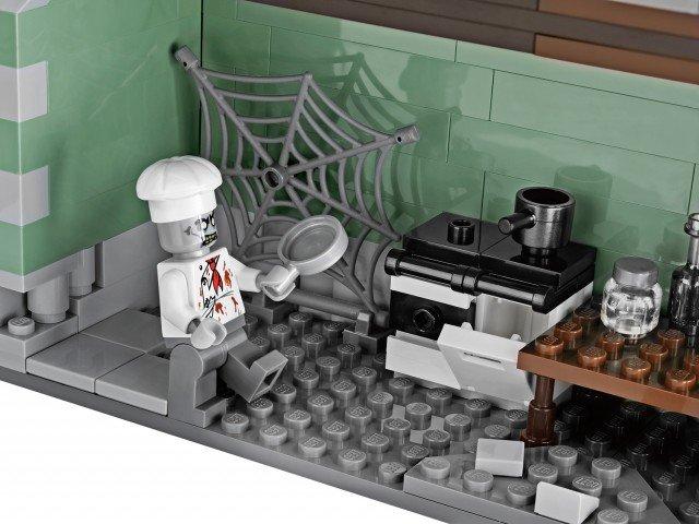 [LEGO] 10228 Monster fighter Galler19
