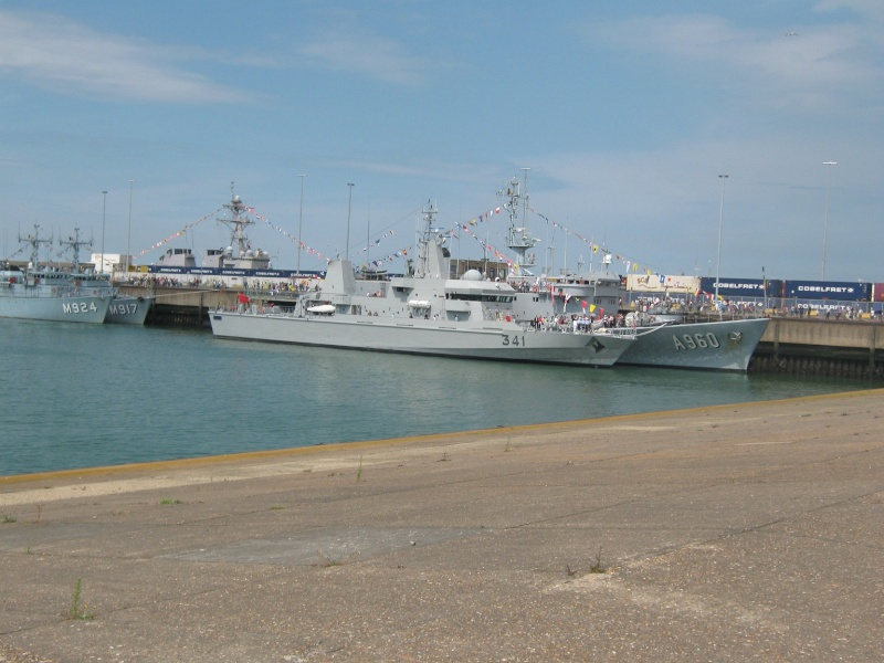 Portes ouvertes 2011 - Navy Days Zeebrugge 2011   - Page 3 Img_0419